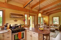 800-Square-Foot Sustainable House In Oregon | iDesignArch | Interior Design, Architecture & Interior Decorating