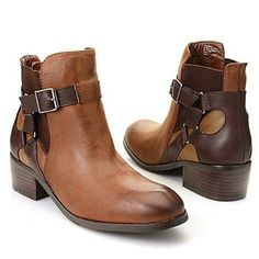 """NIB/Matisse """"Kershaw"""" Harness Buckle Detail Bootie NIB/Matisse/Kershaw/Ankle Booties/Oiled textile faux leather/Harness buckle detail both side of shaft/Lg areas elastic goring on shaft sides 4 easy fit/Textile interior/padded footbed keep U comfy/textured outsole finish look! """"Go down the Valley/Thur the Woods!""""Color/Chocolate(Med Brn)/upper(Drk Brn)/harness/heel/gored sections/Drk Brn outsole/pewter tone hardware/Chunk Heel/1.75""""platform/.25""""/Shaft/5.25""""/Ankle Opening/9.50""""/Upper/Oiled…"""