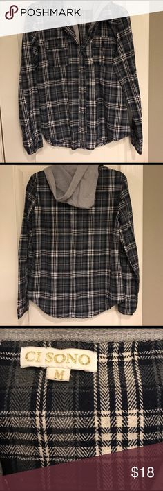 Hooded flannel Hooded flannel! Zips and buttons. Goes great with my light wash jeans in another listing! Comes with a free gift🎁 BDG Tops Sweatshirts & Hoodies