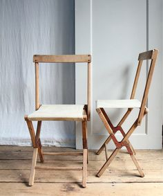 Vintage Rustic Folding Camp Chair