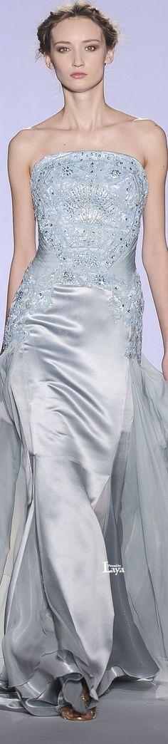 Paris traje black tie, pretty dresses, blue dresses, prom dresses, formal d Beautiful Gowns, Beautiful Outfits, Beautiful Clothes, Dresses For Teens, Nice Dresses, Traje Black Tie, Fairytale Gown, Evening Dresses, Prom Dresses