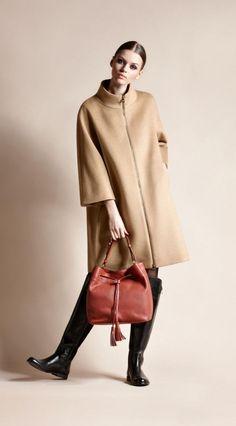 Cinzia Rocca - Wool and angora zipped coat Winter Coats Women, Coats For Women, Camel Coat Outfit, Oversized Coat, Autumn Winter Fashion, Fall Winter, Stylish Outfits, Yves Saint Laurent, Womens Fashion