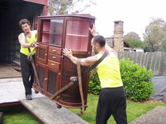 At Six Brother Removalists, our impressive track record and hundreds of satisfied clients should be enough for you to understand that when it comes to a worry-free experience, you need us.