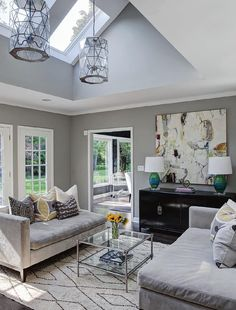 Contemporary New Homes, Traditional Updates, In The City, Use Of Materials Grey Family Rooms, Home Office Decor, Home Decor, Beautiful Living Rooms, Contemporary Furniture, Great Rooms, Home And Living, Home Remodeling, Living Spaces