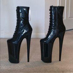 Pleaser Beyond Platform stripper boots Sexy Boots, Sexy Heels, High Heels Stilettos, Stiletto Heels, Lace Up Ankle Boots, High Heel Boots, Heeled Boots, Pole Dance, Best Online Shoe Store