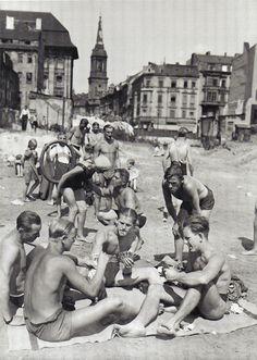 Willy Römer,  Berlin, Strandbad Spree,  1937.