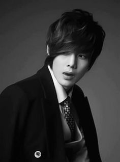 Kim Hyun Joong - Actor in two of my favorite dramas, Boys Over Flowers and Playful Kiss, and the singer of one of my favorite songs, Lucky Guy Boys Over Flowers, Boys Before Flowers, Playful Kiss, Kim Bum, Korean Men, Korean Actors, Korean Dramas, Brad Pitt, Gd And Cl