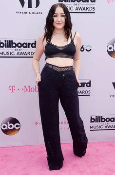 Noah Cyrus Beautiful in Black at the Billboard Music Awards 2017
