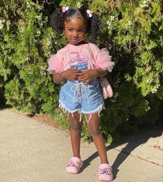Denim Skirt, Hairstyle, Skirts, Fashion Trends, Inspiration, Hair Job, Biblical Inspiration, Hair Style, Skirt