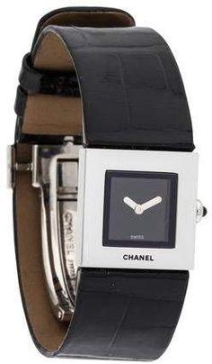 d2567fd7ac1 Stainless steel x Chanel Matelassé watch featuring a quartz movement