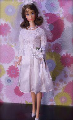 """Barbie Bride - Twist n' Turn Barbie - """"Marlo Flip"""""""