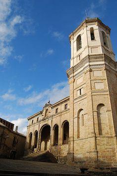 Catedral de San Vicente de Roda de Isábena, Huesca.