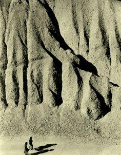 1954 ,Kansuke Yamamoto,     ©Toshio Yamamoto.