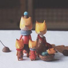 Очаровательных деревянных куклят создаёт Ася @asya_kotyasya☁️ Лисята, котята и даже медвежата @asya_kotyasya  vk.com/asya_kotyasya