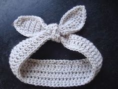 NyanPon.com: Retro Rabbit Ears Crochet Tutorial