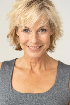 +Trendy, Short Haircuts For Women Over 50 ★ Short Choppy Haircuts, Shaggy Short Hair, Haircuts For Thin Fine Hair, Short Hairstyles Fine, Short Thin Hair, Short Hair With Layers, Short Hair Cuts For Women, Short Haircuts Over 50, Shaggy Hairstyles