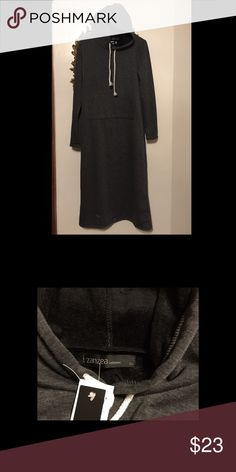 Robe-House Dress Super soft and warm hooded pullover robe-housecoat. Knit outside, fleece inside. Tag says XL, fits more like a L. Flannel Tunic, Housecoat, House Dress, Fashion Design, Fashion Tips, Fashion Trends, Pullover, Warm, Crop Tops