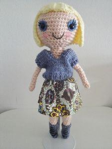 Bubble Gum Sally, Doll