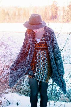 Vintage Style, Vintage Fashion, Blue Tights, Grey Cardigan, New Wardrobe, Oasis, Woodland, Bell Sleeve Top, Bohemian