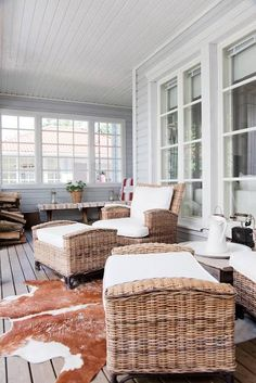beautiful porches porch with white patio furniture - Living Area on the Deck / Patio / Porch - House Exterior