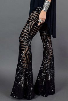 Color: Solid Material: Polyester+Spandex Style: Casual Waist Type: Mid Waist Pattern Type: Solid Length: Regular Package Contents: 1 X Pants Bell Bottom Pants, Bell Bottoms, Black Women Fashion, Womens Fashion, Female Fashion, Sequin Pants, Sequin Fabric, Wide Leg Pants, Long Pants