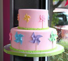 Love this sweet Fondant Pinwheel Cake by Whipped Bakeshop