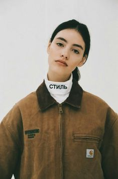 (Inspo) They're just Girls breaking Hearts - Album on Imgur Streetwear Mode, Streetwear Fashion, Mode Style, Style Me, Bon Look, Carhartt Jacket, Carhartt Shirts, Fashion Outfits, Fashion Clothes