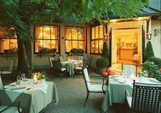 Landhaus Bacher - Öffnungszeiten Outdoor Furniture Sets, Outdoor Decor, Good Food, Patio, Austria, Restaurants, World, Table, Gourmet