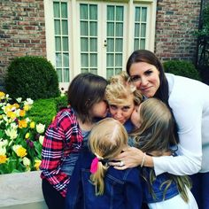 Stephanie McMahon, Her Mom Linda McMahon, Stephanies Daughters