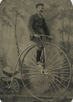1880's CRYSTAL CLEAR TINTYPE IMAGE OF A MAN RIDING A HIGH WHEEL BICYCLE