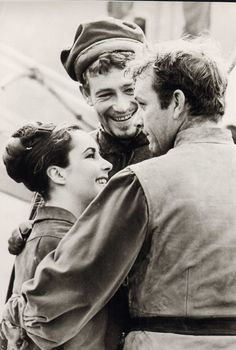 Elizabeth Taylot, Peter O'Toole & Richard Burton