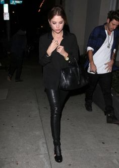 2014 > AT CRAIG'S RESTAURANT IN WEST HOLLYWOOD