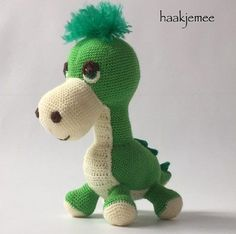 I made this dino for my daughter and like to share the pattern with you! Crochet Patterns Amigurumi, Crochet Dolls, Crochet Patron, Crochet Animals, Cool Baby Stuff, Diy Crochet, Baby Toys, Animals And Pets, Lana