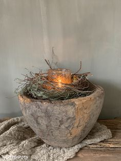 Old weathered wood - Deco Garden-Design Housewarming Gift Ideas First Home, New Homeowner Gift, Rustic Fall Decor, Branch Decor, Rustic Elegance, Wabi Sabi, Cheap Home Decor, Flower Arrangements, Christmas Decorations