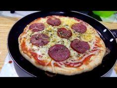 Neste video irei ensinar como fazer uma PIZZA DE FRIGIDEIRA super fácil e rápido, fiz uma de mussarela e calabresa, mas o sabor poder ser de sua preferência. Pizza Recipes, Cooking Recipes, Comidas Light, Calzone, Hawaiian Pizza, Pepperoni, I Foods, Pesto, Food And Drink