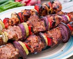 Brochettes légères de bœuf épicé : http://www.fourchette-et-bikini.fr/recettes/recettes-minceur/brochettes-legeres-de-boeuf-epice.html