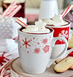 Red Velvet Hot Chocolate with Cream Cheese Whipped Cream | 15 Non-Alcoholic Holiday Drink Recipes For All | The Perfect Drinks for Thanksgiving,Christmas Part and for Pregnant Women.