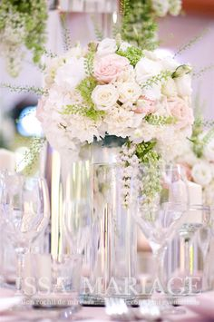 Buchete florale nunta pe vaze cilindrice transparente IssaMariage 2017 Vaze, Weeding, Roses, Table Decorations, Home Decor, See Through, Grass, Decoration Home, Weed Control