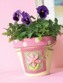 Country Garden Flowerpot Nursing Home Crafts, Flower Pens, Painted Clay Pots, Clay Pot Crafts, Play Clay, Easter Projects, Terracotta Pots, Garden Pots, Decoupage