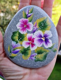 Nº53 painted pebble hand painted stone painted rock