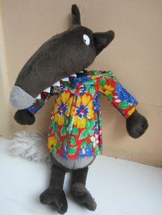 chemise à fleurs Dinosaur Stuffed Animal, Baby Kids, Halloween Costumes, Toys, Animals, Dressing, Babies, Fabric Dolls, Fabric Animals