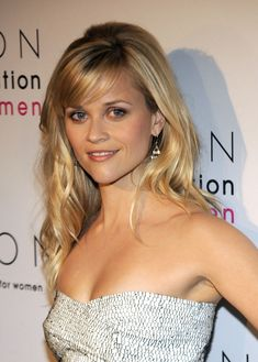 reese witherspoon hairstyles | Reese Witherspoon Long Wavy Cut with Bangs - Reese Witherspoon Hair ...