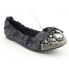 $69.99-$76.00 Penny Loves Kenny Treasure III Womens SZ 8 Black Flats Ballet Shoes - Cherish every step you take with the Penny Loves Kenny Treasure ballet flats. Features a leather upper with a snug fitting collar, lavish jewel embellishments, and a decorative bow. Moisture-wicking suede lining and a padded leather insole provide cool cushioned comfort. A detailed rubber outsole offers flexibility ...