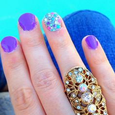 Sally Hanson Urgent Orchid and Kiss Nail Dress stickers.