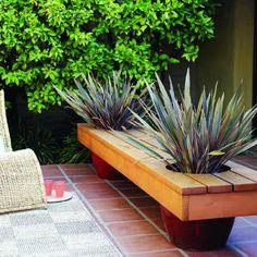 Wood / Pallet, DIY planter bench