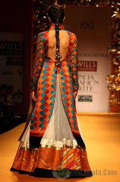 Jacqueline Fernandez walk for Manish Malhotra at Wills Lifestyle India Fashion Week 2013 in New ...