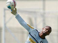 BotafogoDePrimeira: Jefferson treina com bola, e René já tem esperança...