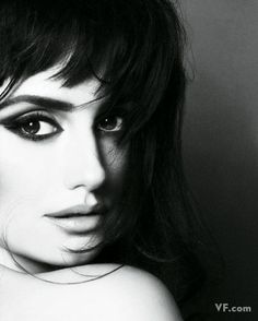 penelope cruz eyes