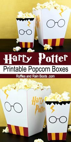 Free Harry Potter Popcorn Box Printables - Two Sizes! - Free Harry Potter Popcorn Box Printables – Two Sizes! Get these free printable Harry Potter popcorn boxes and take family movie night to the next level. Baby Harry Potter, Harry Potter Motto Party, Harry Potter Fiesta, Harry Potter Movie Posters, Images Harry Potter, Harry Potter Thema, Classe Harry Potter, Harry Potter Classroom, Theme Harry Potter