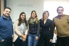 Nuestro departamento de Marketing:  De izquierda a derecha: Josep María Sainz Valls (CEO), Anna Millán (Responsable de comunicación y Medios), Sílvia Vilavella (diseñadora), Núria Castells (Responsable de Marketing de Producto) y Antonio Nieto (adjunto a la dirección).